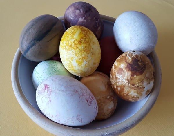 Skærtorsdagsklip og æggemaling