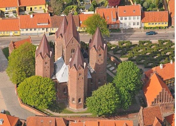 Kirke til tiden