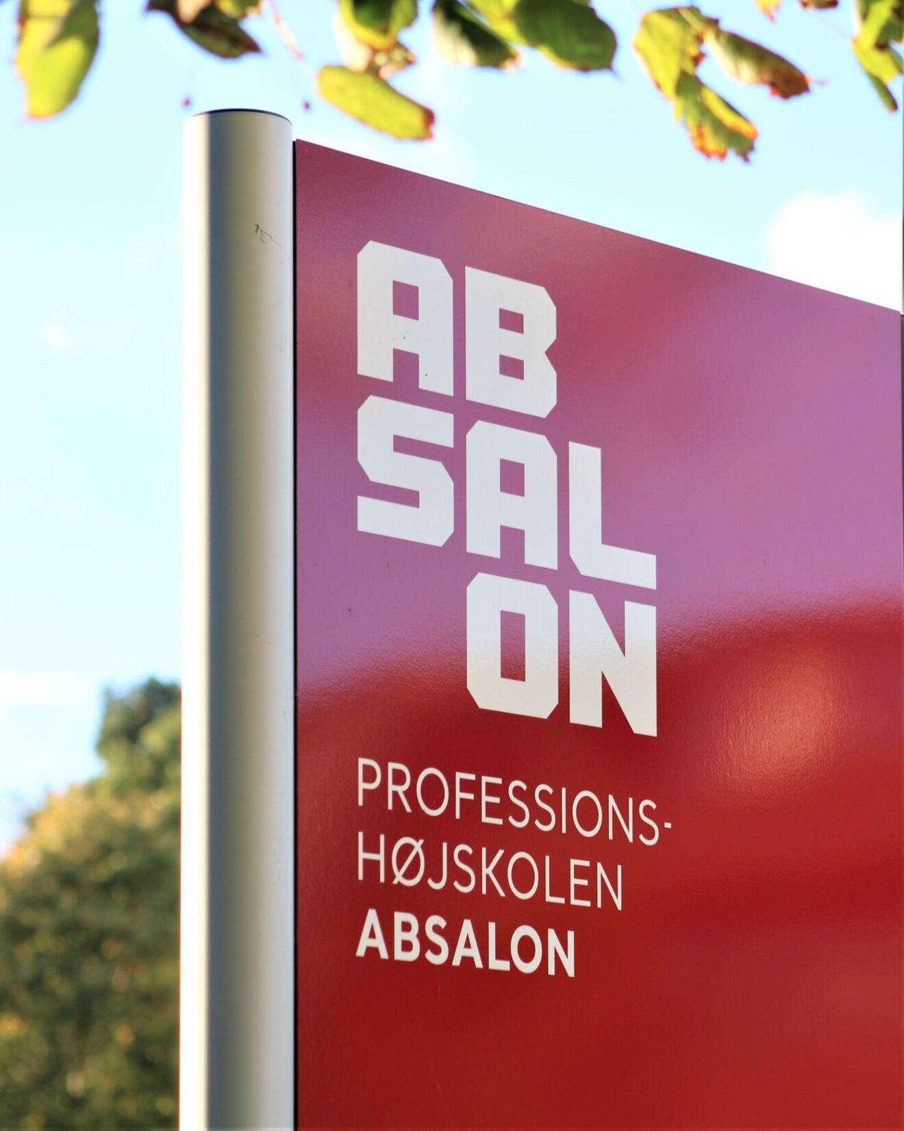 Absalon omlægger til online undervisning på alle otte campusser